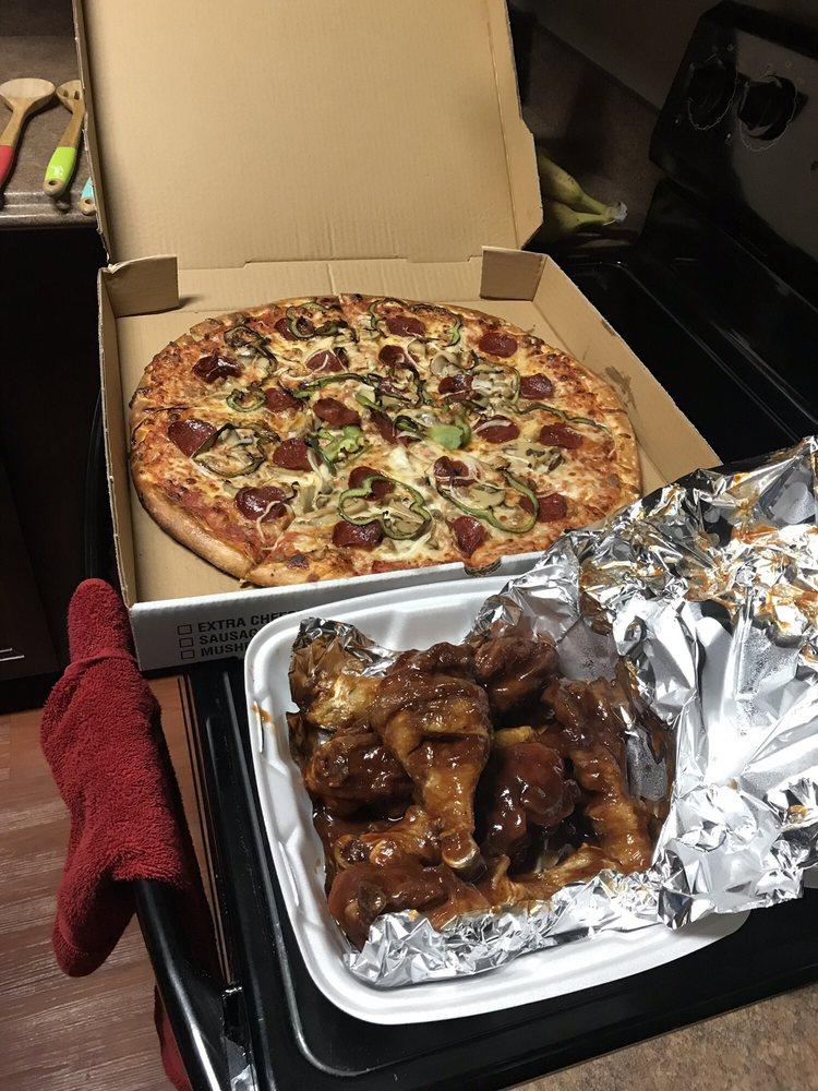 Elmo's Pizza: 318 Hebner, Jamestown, NY