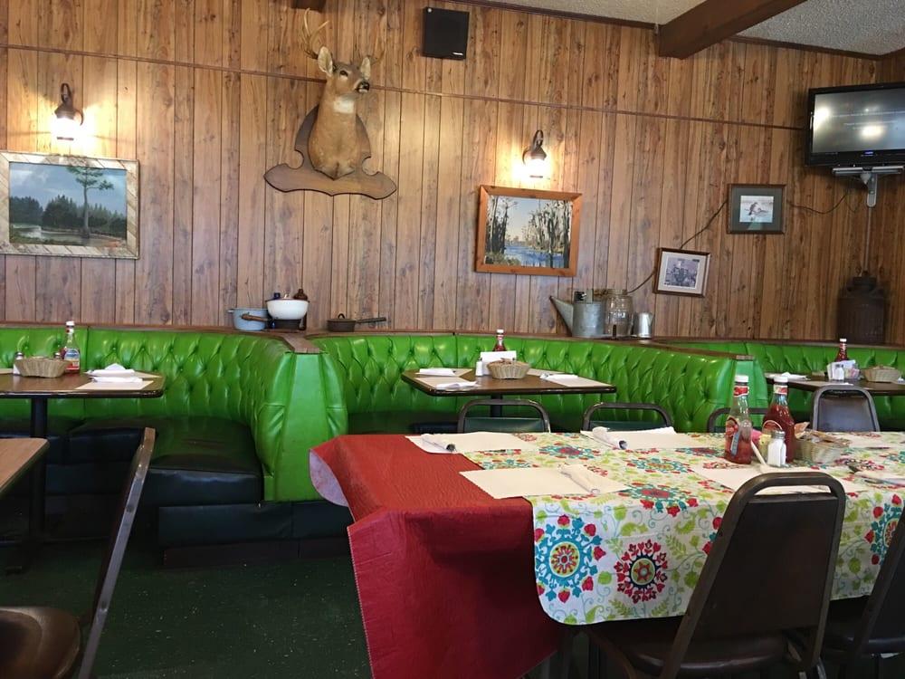 PO Boy's Bar-B-Que: 1701 US Hwy 221 N, Douglas, GA