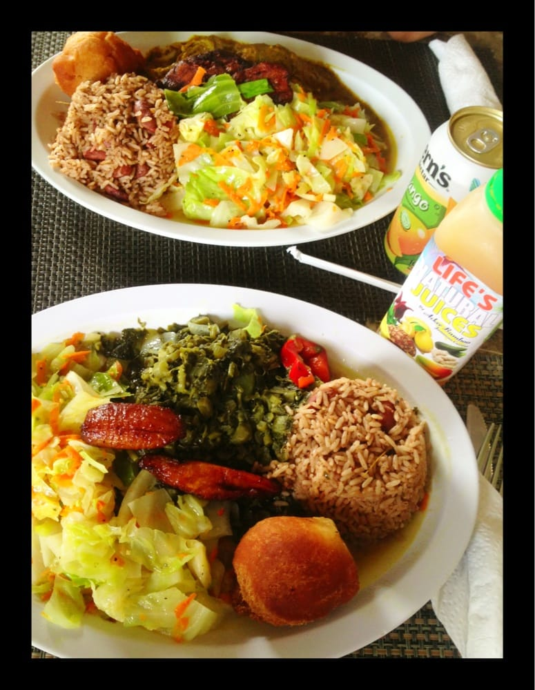 Chicken curry veggie plate natural juice drink for Ackee bamboo jamaican cuisine