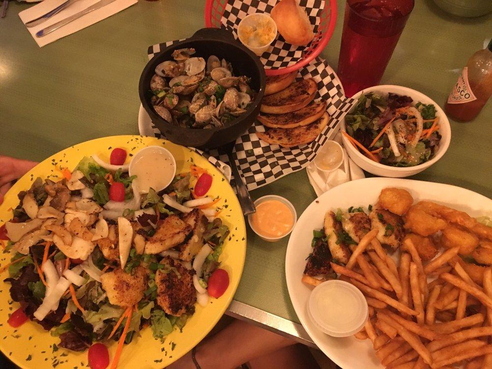 Gramma's Kitchen: 45-3625 Mamane St, Honokaa, HI