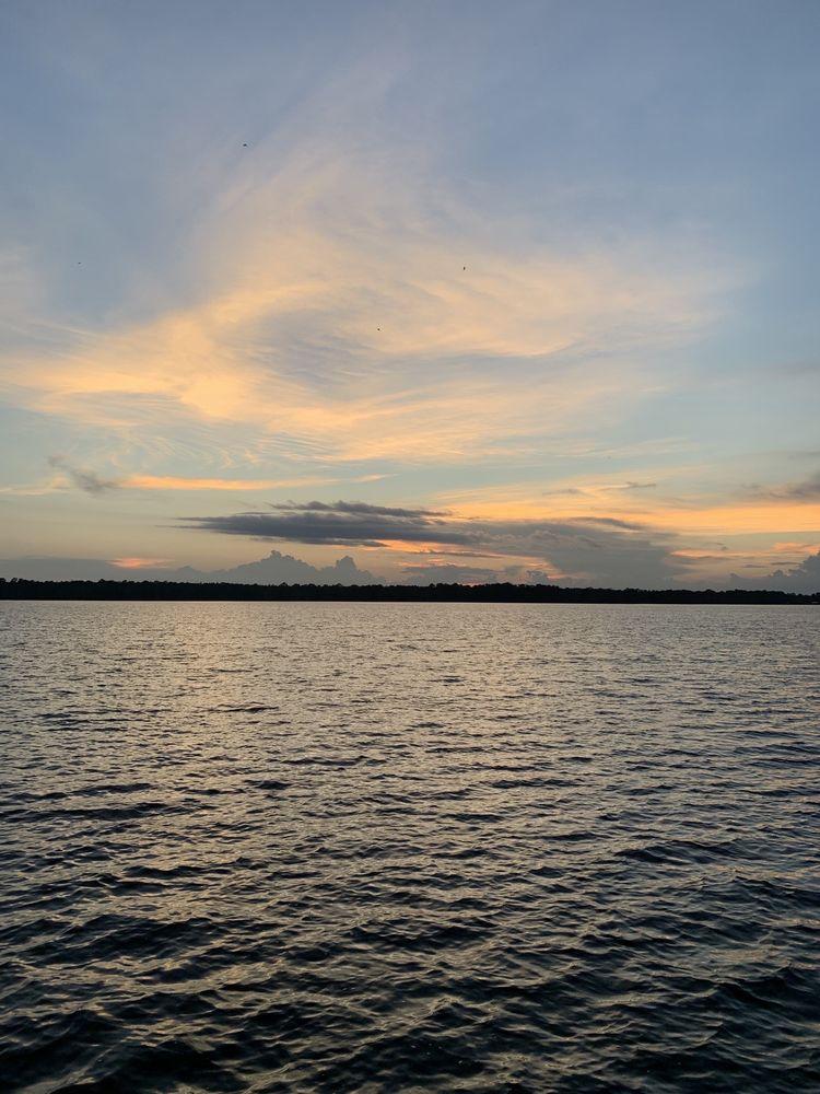 Hampton Lake Bed & Breakfast: Hwy 301, Starke, FL