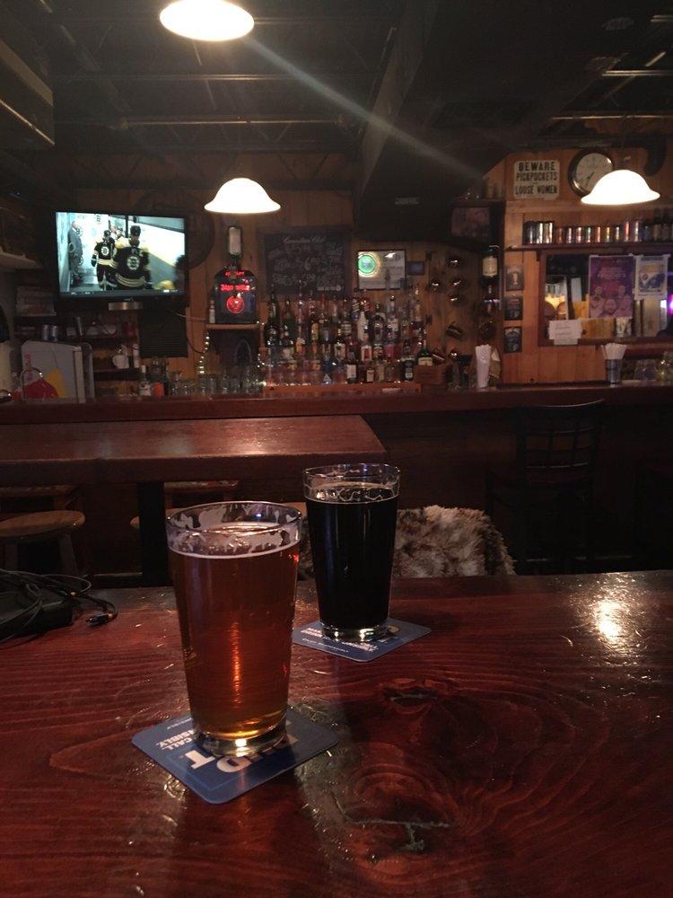 Penuche's Ale House: 6 Pleasant St, Concord, NH