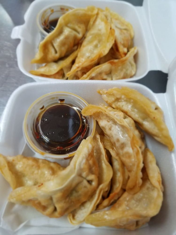 Spices Food Truck: 2112 West Main St, Russellville, AR
