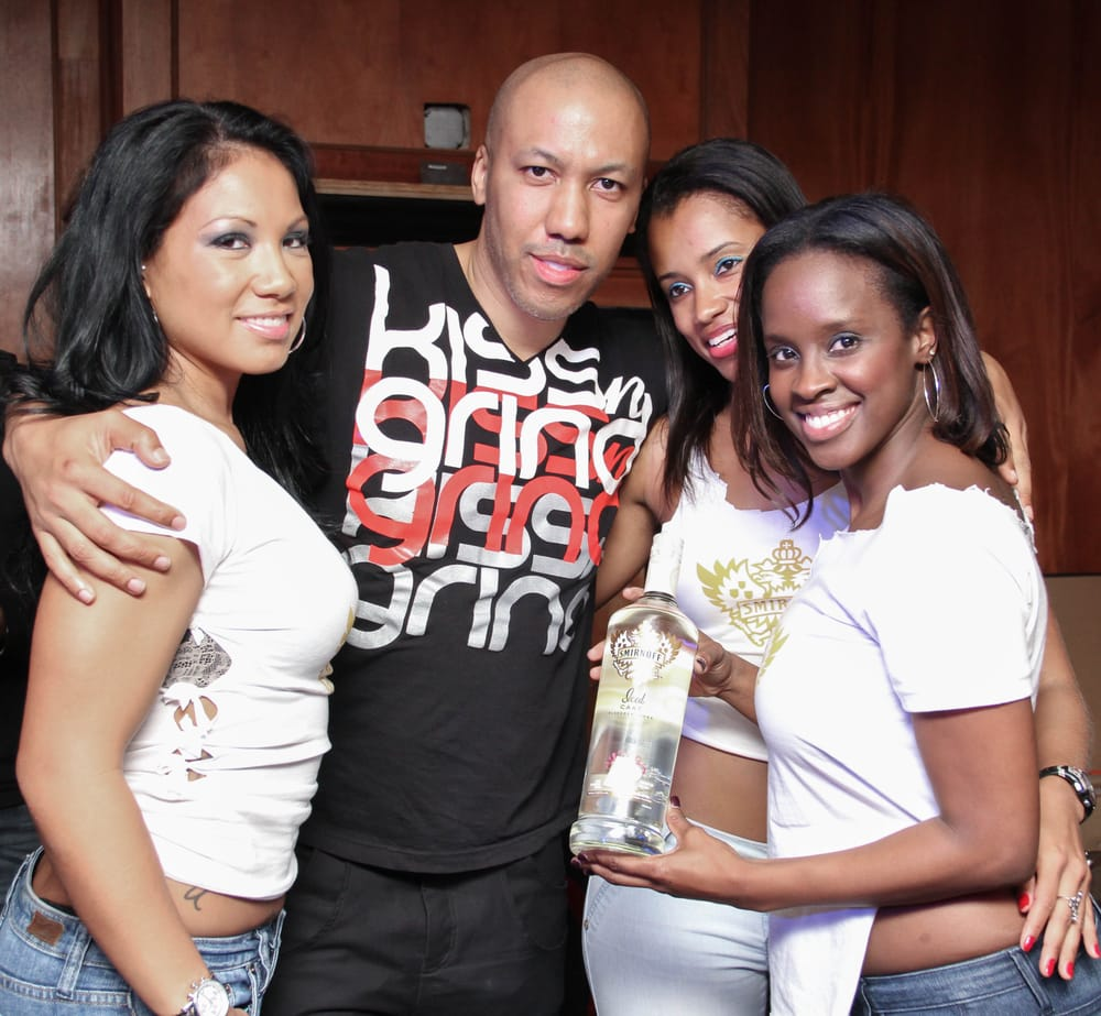 Kiss-n-Grind Baltimore: 415 N Paca St, Baltimore, MD