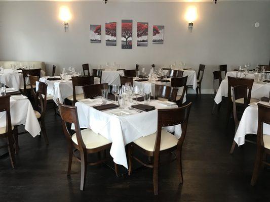 Piola Italian Restaurant Garden 3700 Mattison Ave