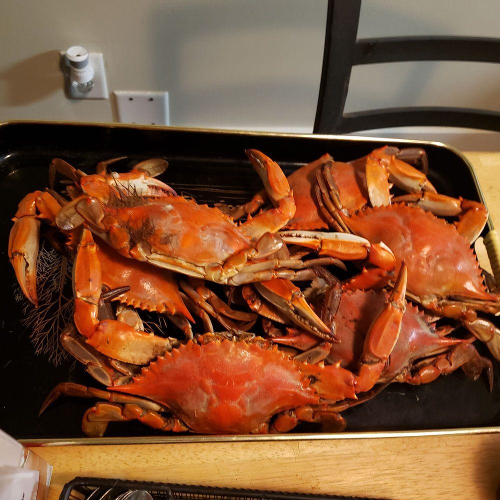 Richard's Seafood Patio: 1516 S Henry St, Abbeville, LA