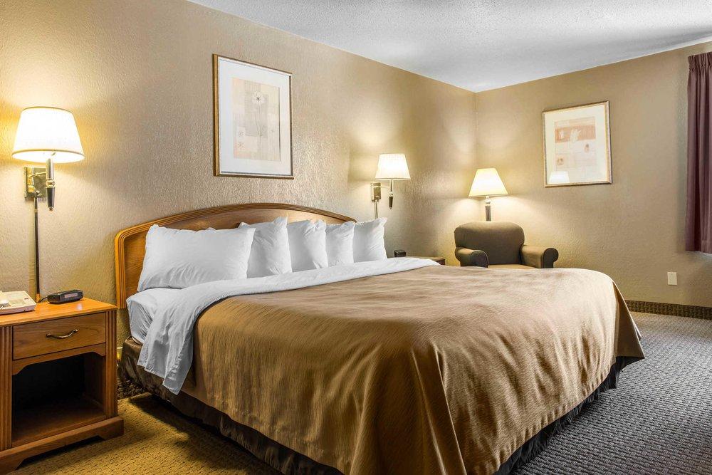 Quality Inn & Suites: 455 Theatre Dr, Johnstown, PA