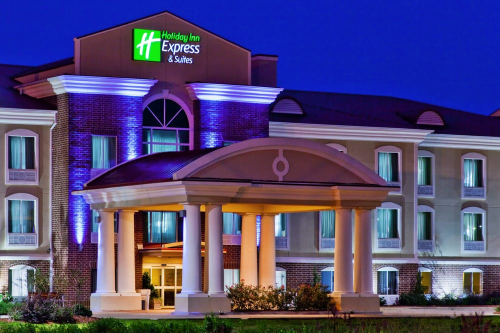 Holiday Inn Express & Suites Magee: 1591 Simpson Hwy 49, Magee, MS