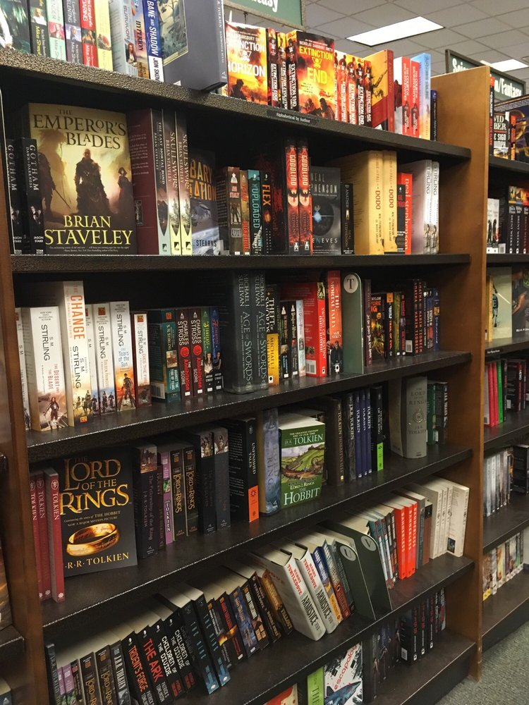 Barnes & Noble Booksellers: 2501 Tyrone Blvd N, Saint Petersburg, FL