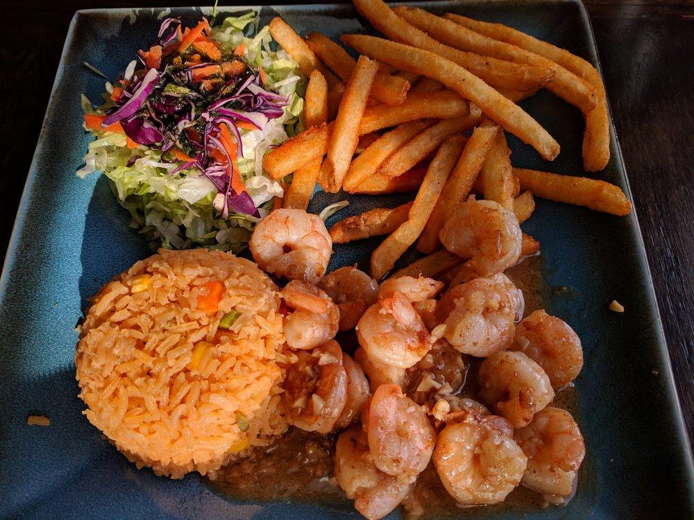 La Granja Restaurant: 3047 N Cicero Ave, Chicago, IL
