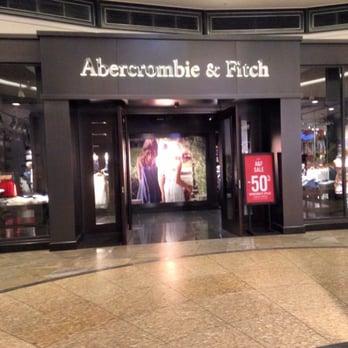 quality design d9551 7588d Abercrombie & Fitch - Men's Clothing - Centroallee 117 ...