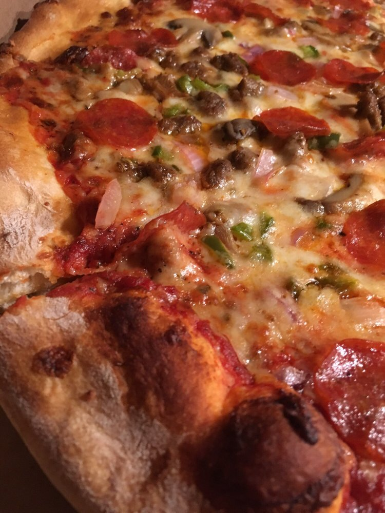 Angelo's Downtown Pizza: 45 Main St, Hayesville, NC