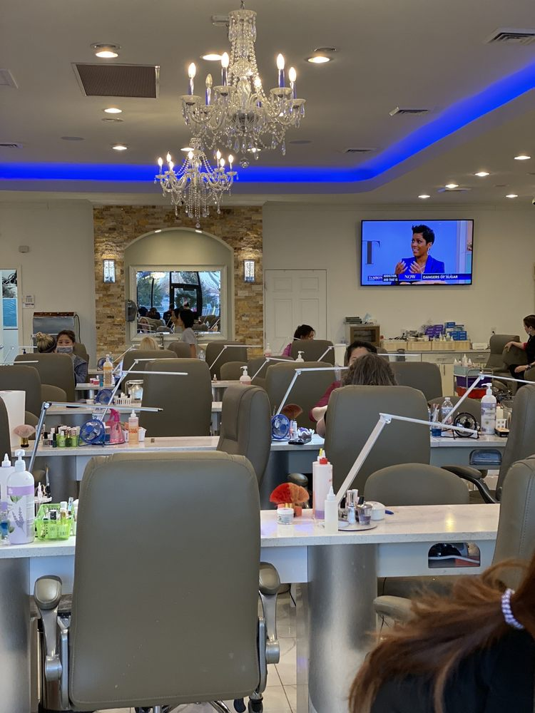 A Q Nails & Spa: 1411 W Highway 50, O'Fallon, IL