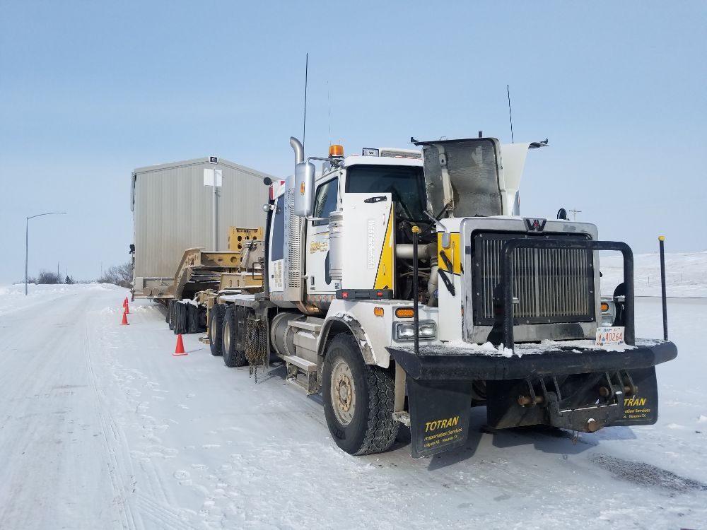 Serafini Trucking & Mobile Repair: 13976 County Rd 356, Fairview, MT