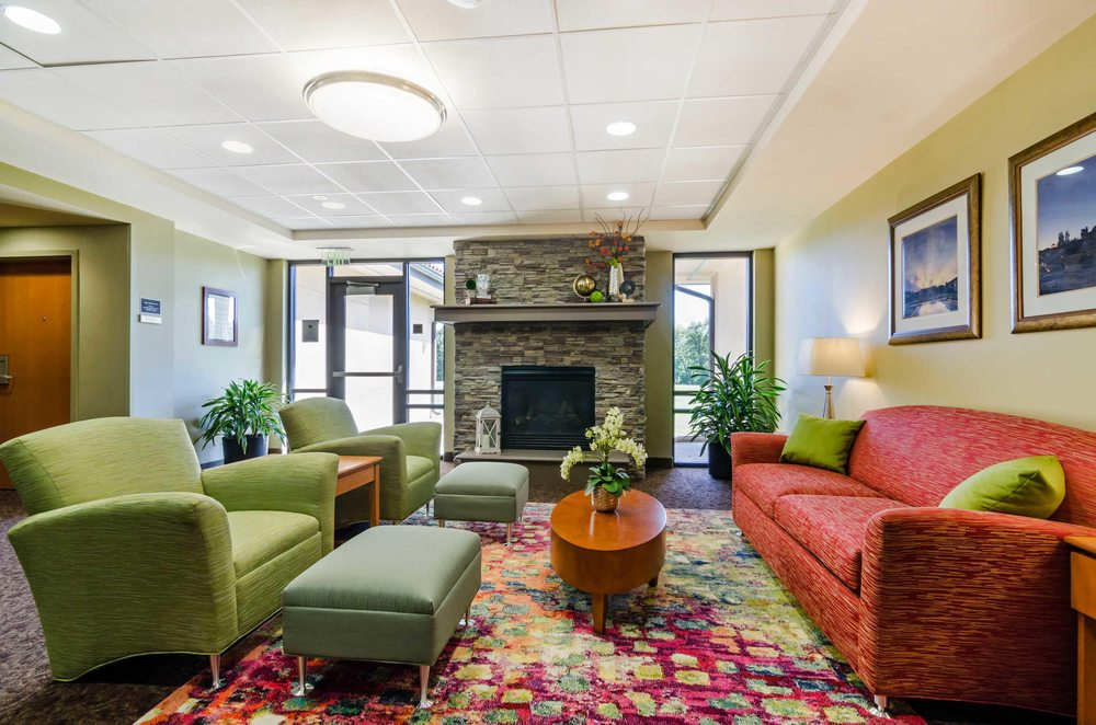 Unity Hotel and Conference Ctr, Ascend Hotel Collection Member: 1901 NW Blue Pkwy, Lees Summit, MO