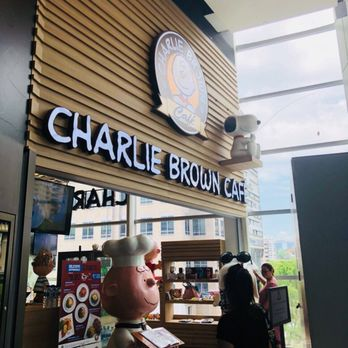 Charlie Brown Cafe Reviews Singapore