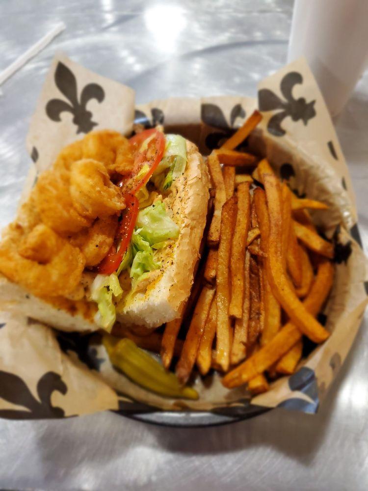Meomyo's Bayou Cafe: 4059 Jefferson Ave, Texarkana, AR