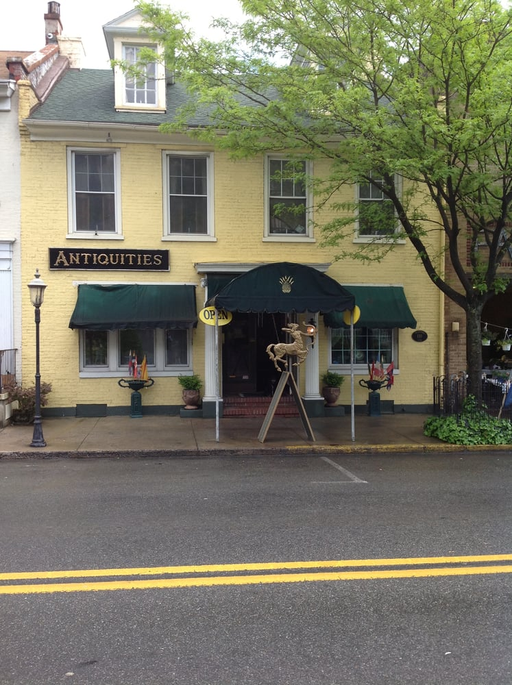 Traditions: 110 Valley St, Lewistown, PA
