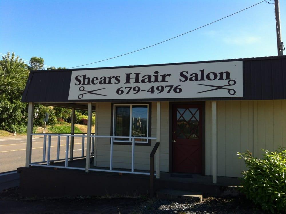 Shears Hair Salon: 320 NW Main St, Winston, OR