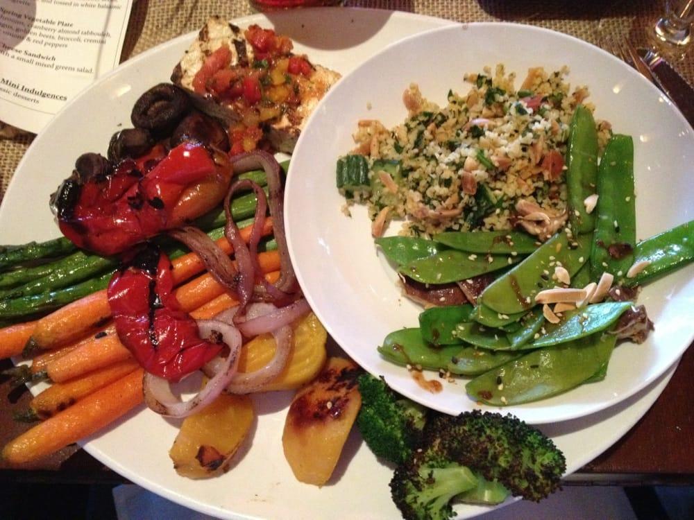 Farmer 39 S Market Veggie Plate Yelp