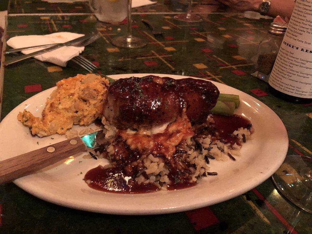 Bonge's Tavern: 9830 W 280th N, Perkinsville, IN
