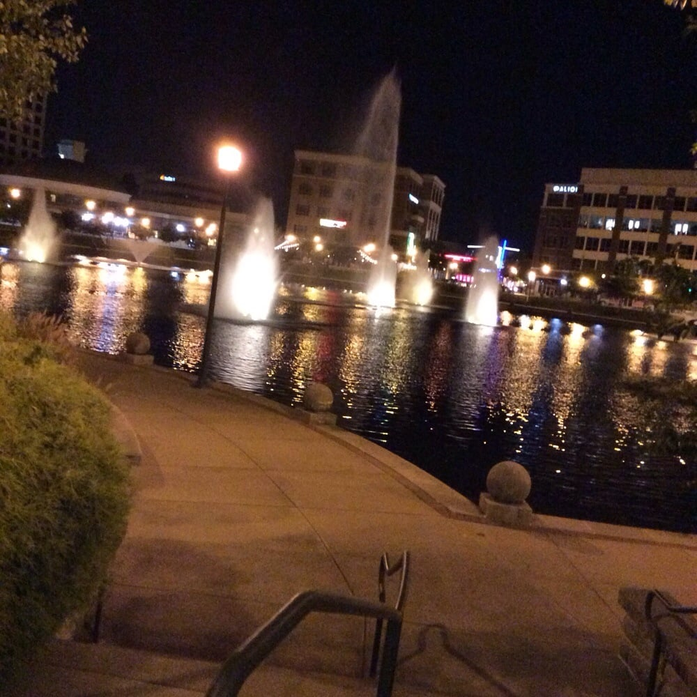 New Restaurants In City Center Newport News Va