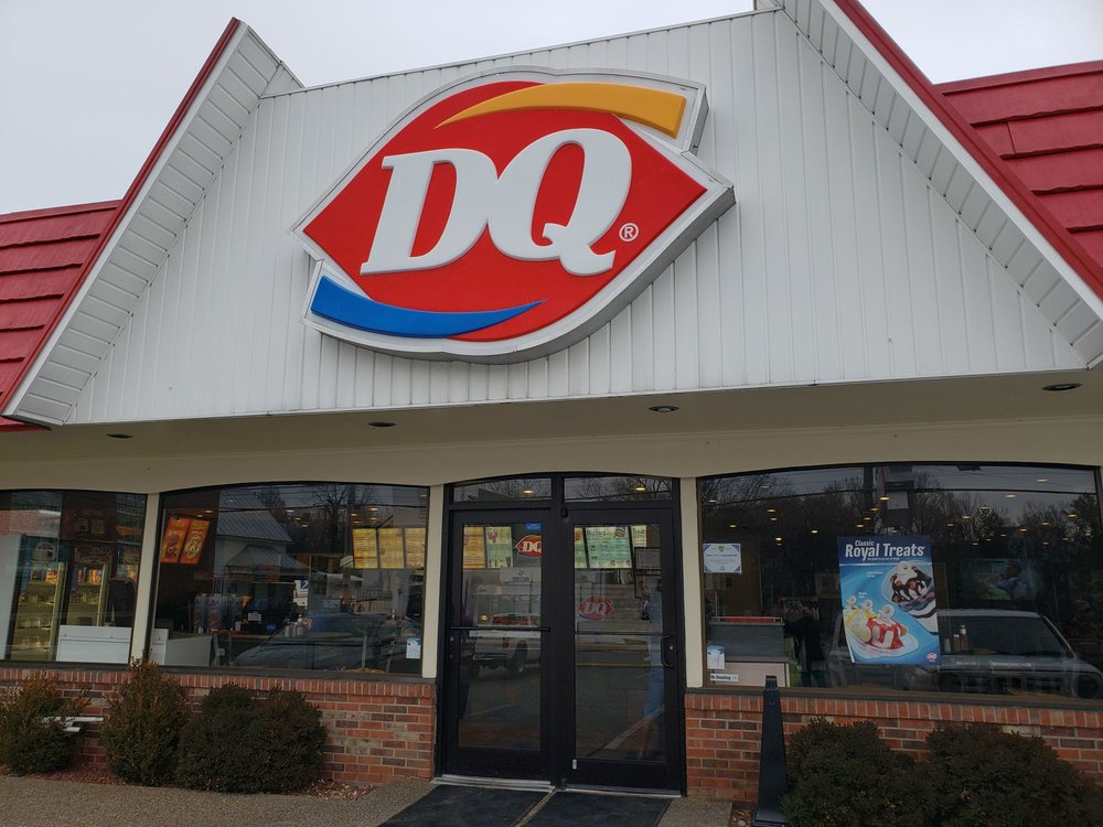 Dairy Queen: 133 E Water St, Flemingsburg, KY