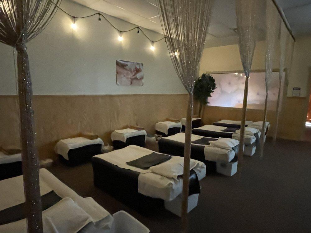 Head 2 Toe Relaxing Spa