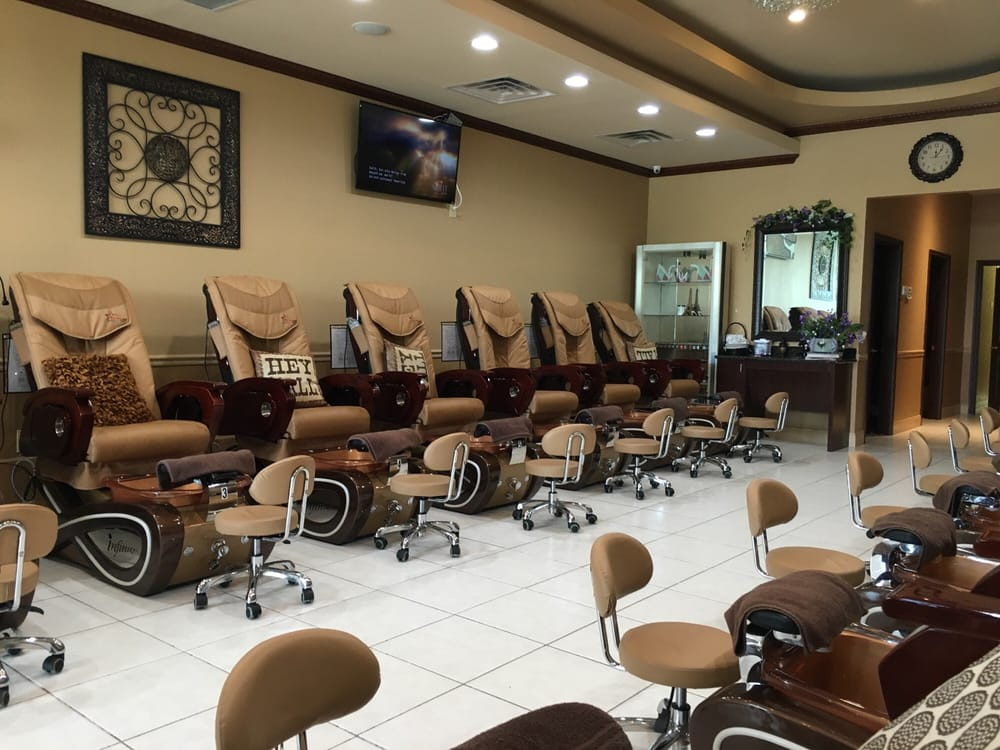 The Woodlands Nail Salon Gift Cards - Texas | Giftly