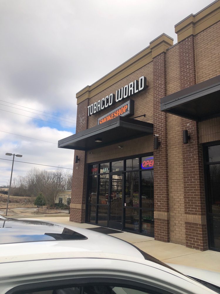 Tobacco World Smoke Shop: 9775 US Hwy 64, Arlington, TN