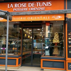 Photo de La Rose de Tunis , Paris, France. Devanture de la boutique