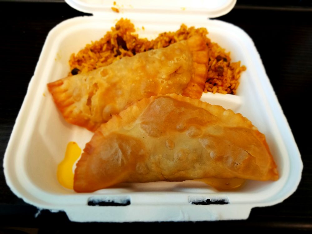Honey's Empanadas: Colleg Park, MD