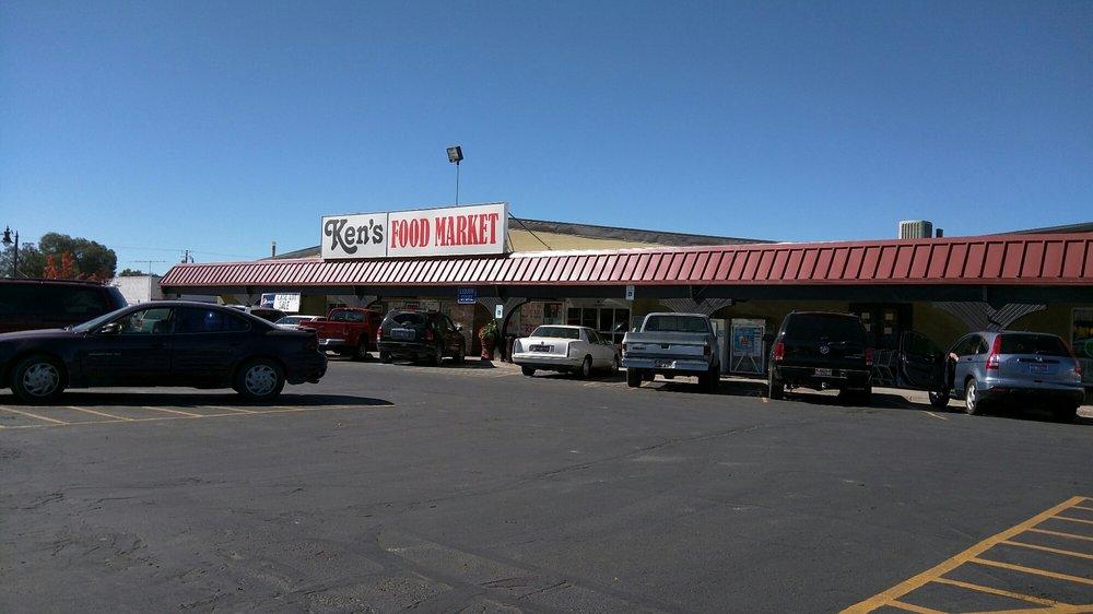 Ken's Food Market: 548 Tyhee Ave, American Falls, ID