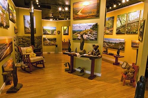 Artists of Merrywoods: 6 Merrywoods Dr, Berkeley Springs, WV
