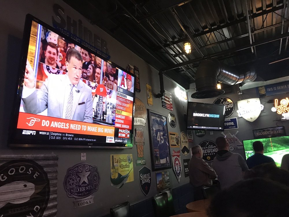 Photo of Tight Ends Sports Bar & Grill: Plano, TX