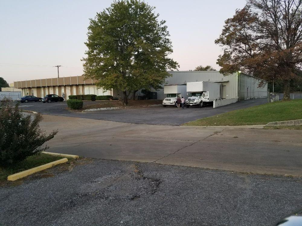 Midsouth Moving and Storage: 3407 Crestwyn Dr, Germantown, TN
