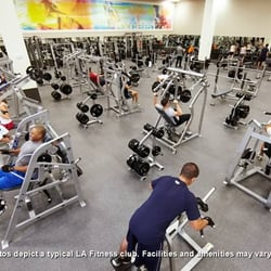 La fitness clinton township