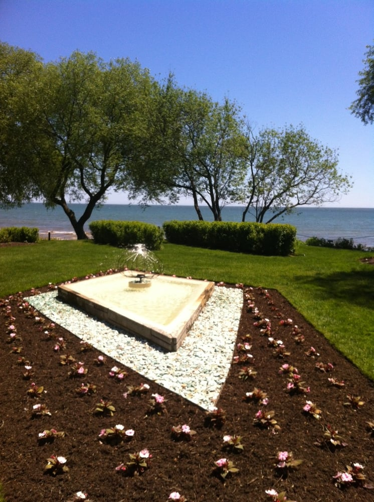 West Of The Lake Gardens Botanical Gardens 915 Memorial Dr Manitowoc Wi United States