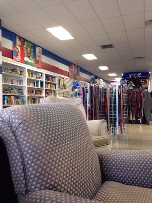 Goodwill Greenville Sc >> Goodwill Industries 3214 Augusta St Greenville Sc Clothes Posts