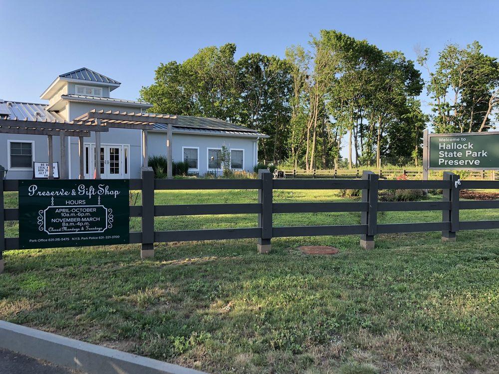Hallock State Park Preserve: 6062 Sound Ave, Riverhead, NY