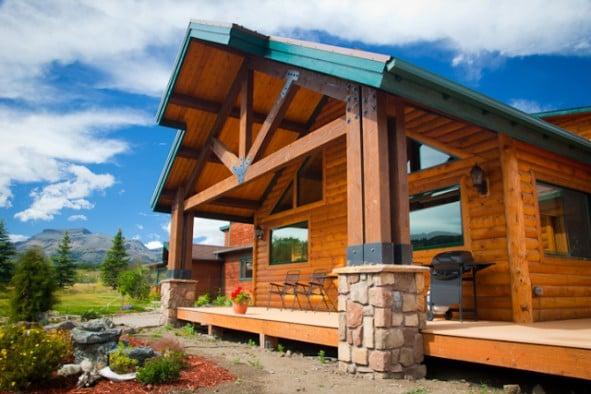 Lone Elk Lodge: 20631 US 2, East Glacier Park, MT
