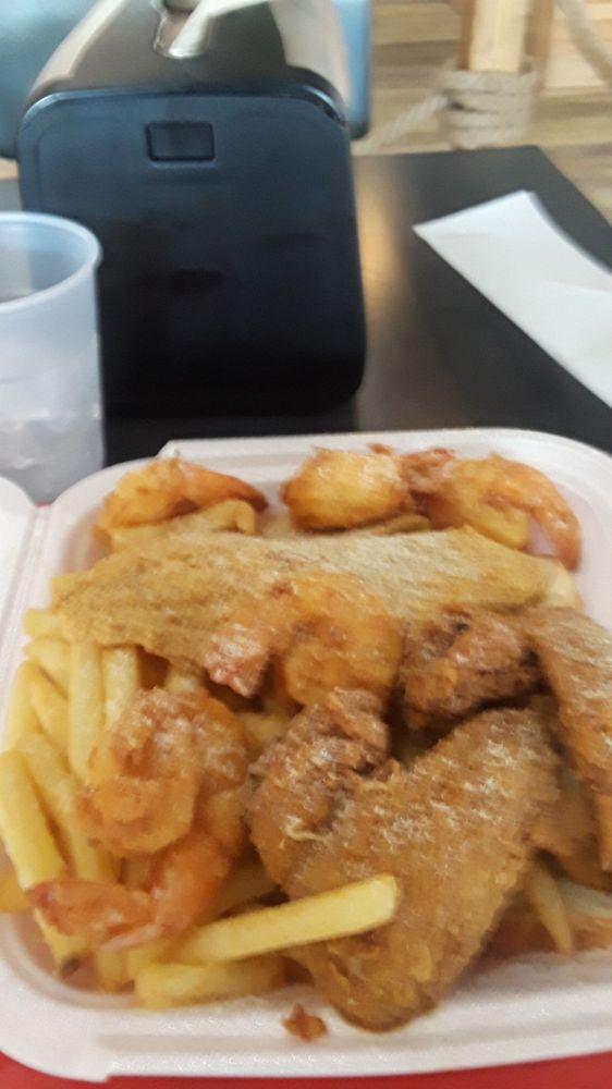 Hook Fish And Chicken - Okeechobee: 4282 Okeechobee Blvd, West Palm Beach, FL