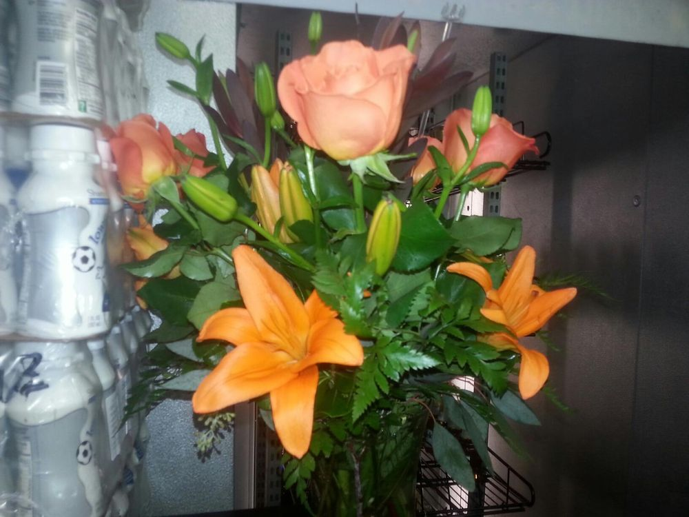Bay Hill Florist: 7784 W Sand Lake Rd, Orlando, FL