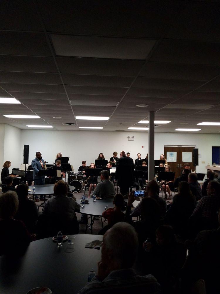 Oldham County Arts Center: 7105 Floydsburg Rd, Crestwood, KY