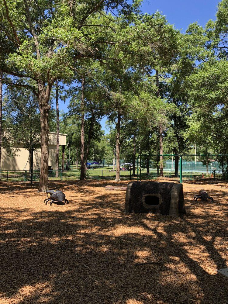 Sanlando Park: 401 W Highland St, Altamonte Springs, FL