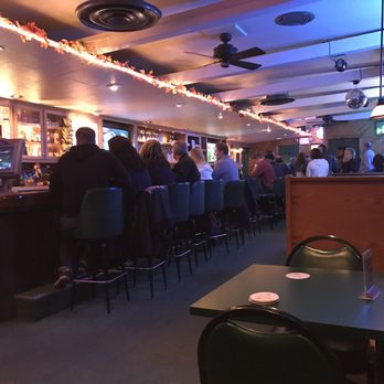 Photo Of Hunt S Bar Grille Cuyahoga Falls Oh United States Interior