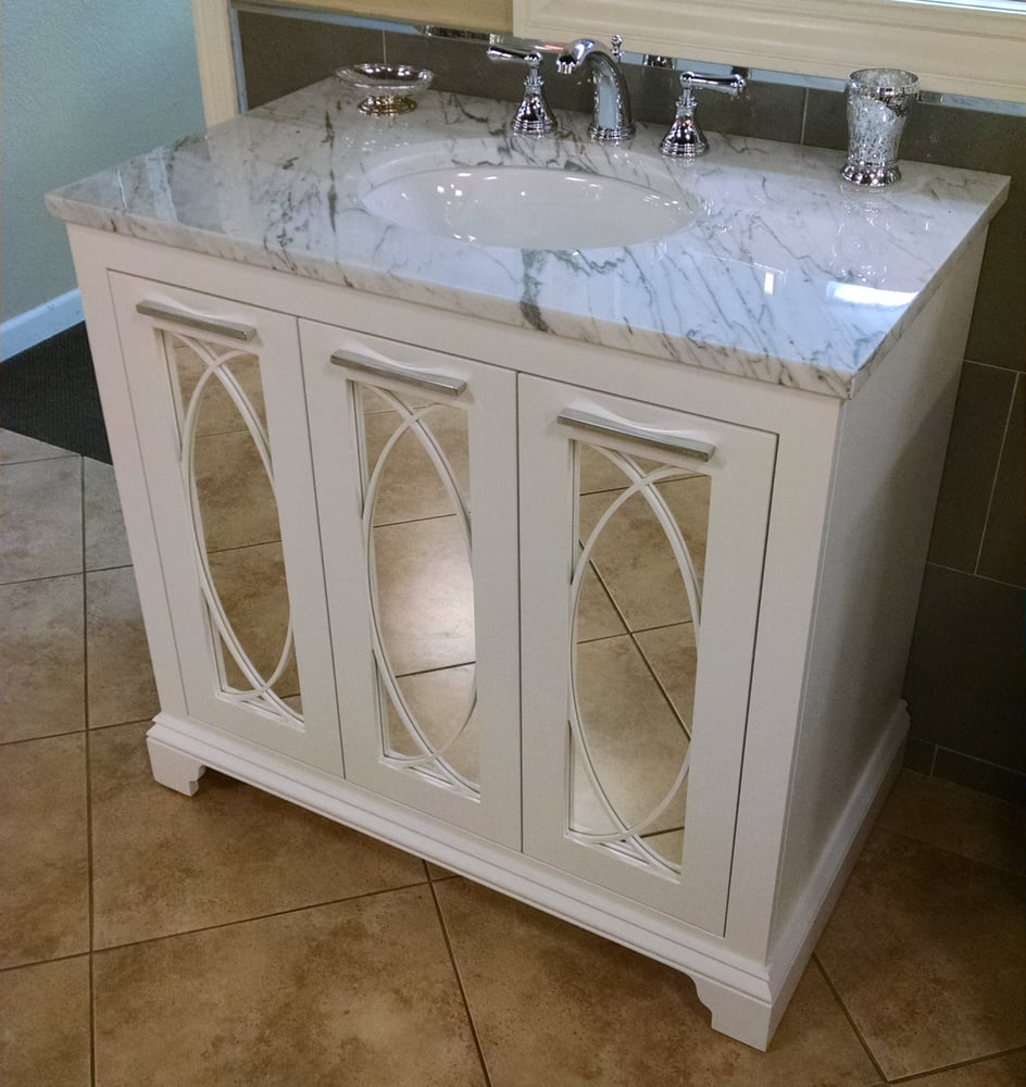 Furniture guild 39 s signature thomas vanity yelp for Furniture guild bathroom vanities