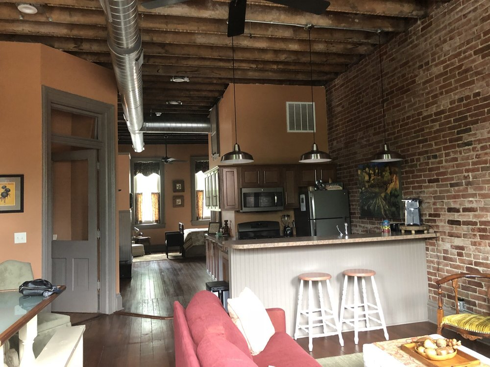 The Loft on the Square: 111 E Douglas St, Petersburg, IL
