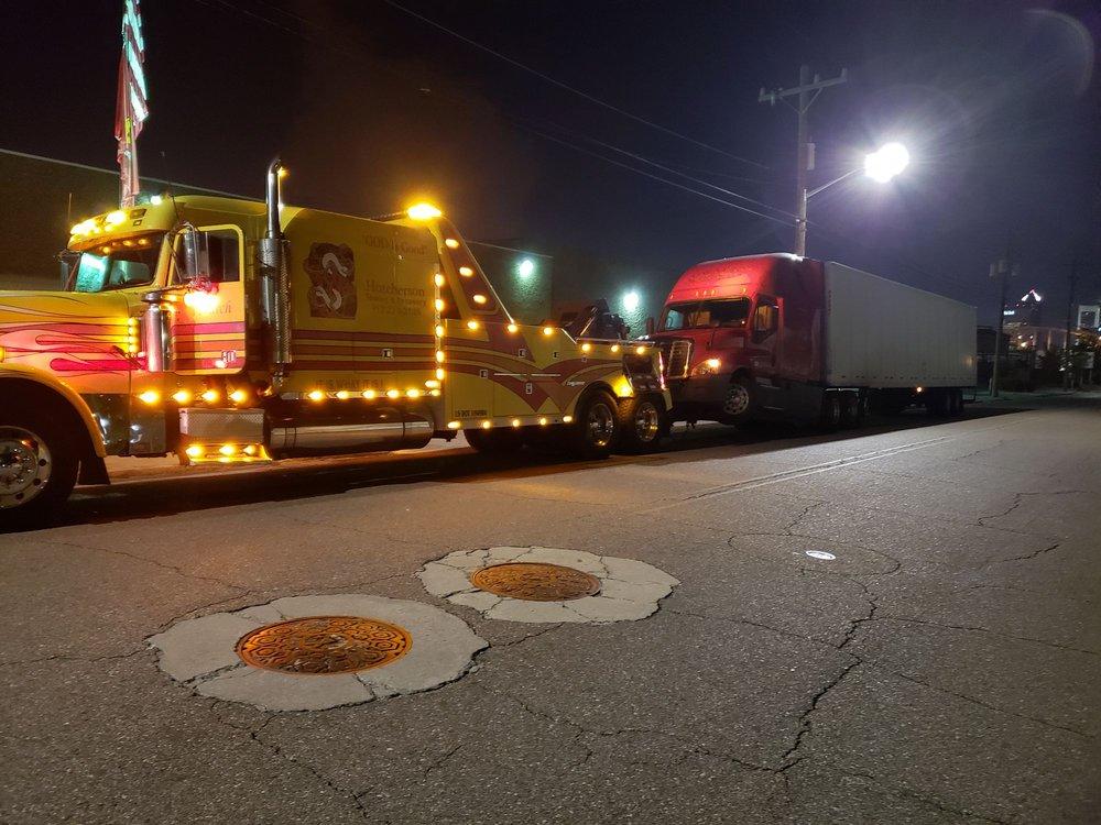Hutcherson Towing: 1320 North Way, Darien, GA