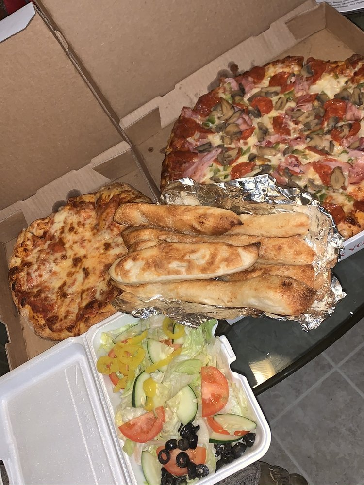 Angela's Pizzeria: 32149 Fort Rd, Rockwood, MI